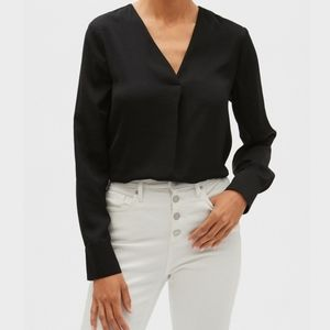 Who What Wear Black V Neck Drapey Blouse